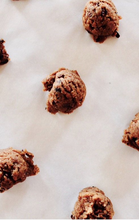 Recipe: Almond Butter Cacao Nib Cookies