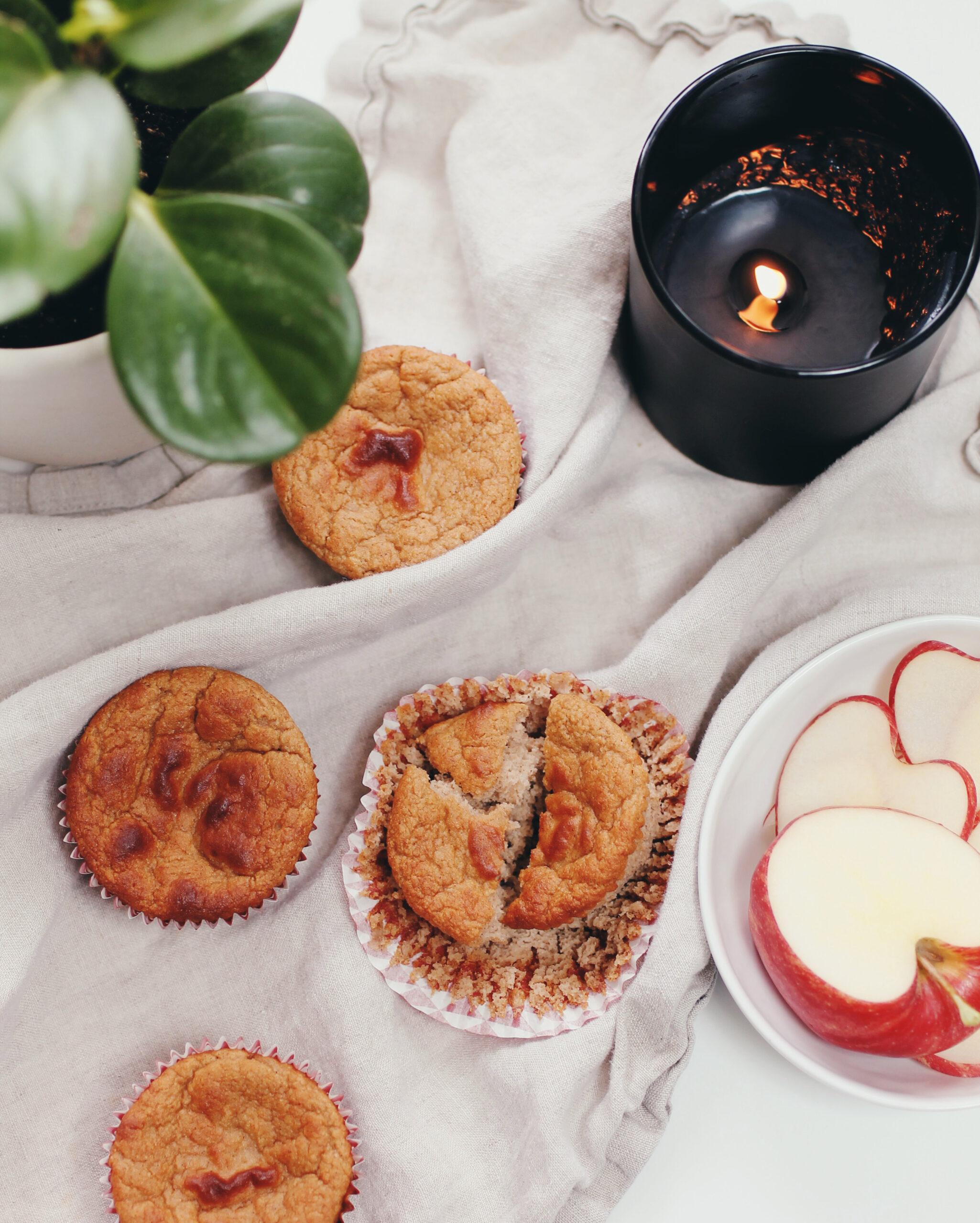 Healthy Applesauce Blender Muffins
